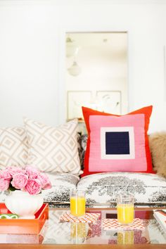 Dream space! http://www.stylemepretty.com/2015/09/21/pencil-paper-co-s-fabulously-colorful-home-tour/ | Photography: Leslee Mitchell - http://lesleemitchell.com/