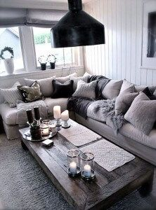 Modern living room decorating ideas like the low profile coffee table