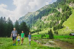 Wandern im Pöllatal Wellness, Mountains, Places, Nature, Travel, Ski Trips, Nature Reserve, Summer Vacations, Voyage
