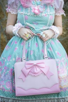 "You don't need to buy brand to be a Lolita, this, for example is a Bodyline print. Yes, Bodyline, I'll let that sink in haha. It looks exceptionally good on her and I think I'll be posting more with Bodyline Lolita's because I think we give off a vibe to new Lolita's like ""you have to buy angelic pretty or you are an ita"""