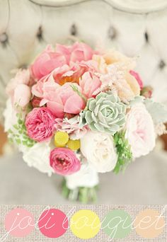Un joli bouquet de mariée aux délicieux tons de roses et de vert de gris, une pointe de jaune, volumineux, tout en textures et en nuances. Des pivoines, de l'astilbe, du craspédias et des succulentes , bref j'adore ce bouquet de mariée! Et c'est l'occasion de vous dire que j'ai ajouté dans la colonne de droite du site, un lien qui vous permettra de trouver en un clin d'oeil, de jolies idées de bouquets de mariée.  {source}