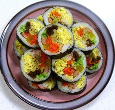 모르면 손해!!예쁘고 이색적인 김밥 12가지 종류 Appetisers, Yams, Avocado Egg, Korean Food, Kimchi, Zucchini, Sushi, Health Fitness, Food And Drink