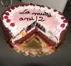 Tort cu crema de mascarpone si jeleu de fructe de padure. Cake, Desserts, Food, Mascarpone, Pie Cake, Tailgate Desserts, Pastel, Meal, Dessert