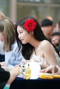 JENNIE 190630 blackpink photobook limited edition fansign Kim Jennie, Rapper, Korean Girl Groups, Photo Book, Foto E Video, Diva, Rose, Chairs, Icons