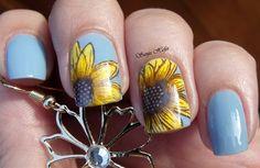 Sunflowers by SanjaHefer via Nail Art Gallery thanksgivingnaildesigns Boxing Day, Nail Art Inspiration, Sunflower Nail Art, Vegas Nails, Blue Nail Designs, Thanksgiving Nails, Stamping Nail Art, Great Nails, Artificial Nails