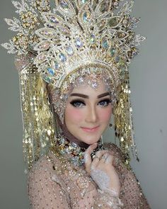 Bridal Hijab, Wedding Hijab, Hijab Bride, Wedding Bride, Muslimah Wedding Dress, Muslim Wedding Dresses, Indonesian Wedding, Make Up Pengantin, Akad Nikah
