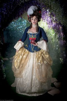 Disney Character Cosplay Disney Fans Put Together a Stunning Rococo Princess-Inspired Photoshoot Disney Cosplay Costumes, Cosplay Outfits, Casual Cosplay, Disney Bound Outfits, Disney Dresses, Disney Inspired Fashion, Disney Fashion, Costumes Couture, Fandom Fashion