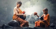 10 Buddhist monk habits: Hard to adopt, but life changing when you doThe life of a Buddhist monk isn't easy. But if you adopt these 10 Buddhist monk habits, you too can change your life … Kundalini Yoga, Was Ist Karma, Mantra, Jivamukti Yoga, Free Pictures, Free Images, Nature Pictures, Yoga Inspiration, Yoga Meditation