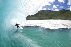 Wide arms. Wide eyes. Wide open. When the Caribbean starts to look like this, Eric Geiselman knows to enjoy the view.
