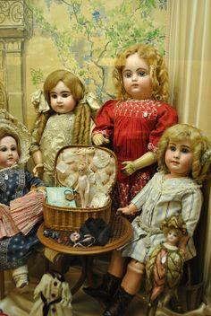 Doll Museum. Paris