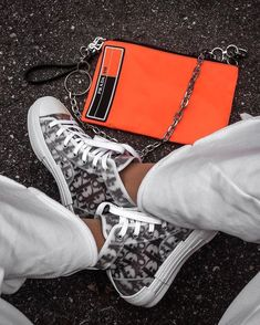 Dior Sneakers, Dior Shoes, Sneakers Mode, Sneakers Fashion, Fashion Shoes, Prada Shoes, Prada Bag, Sneaker Outfits, Converse Sneaker