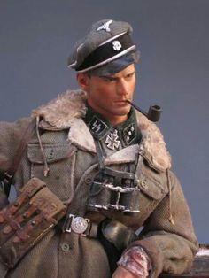 SS officer by Oscar Hernandez Martin