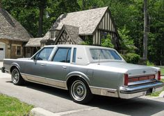 1984 Lincoln Town Car Signature Series Maintenance/restoration of old/vintage vehicles: the material for new cogs/casters/gears/pads could be cast polyamide which I (Cast polyamide) can produce. My contact: tatjana.alic@windowslive.com
