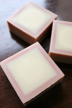 アロニア石鹸 |新潟 手作り石鹸の作り方教室 アロマセラピーのやさしい時間