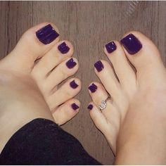 21 ideas for pedicure toes shoes Purple Pedicure, Purple Toe Nails, Purple Toes, Pretty Toe Nails, Pedicure Colors, Toe Nail Color, Cute Toe Nails, Sexy Nails, Pretty Toes