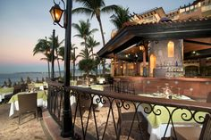 An amazing deal for the ultimate vacation to Nuevo Vallarta, this deal won't last long, so book the ultimate vacation now! Sunset Resort, Resort Spa, Romantic Candle Light Dinner, Candlelight Dinner, Flamingo Beach, Vacation Trips, Vacation Travel, Family Resorts, Beach Pool