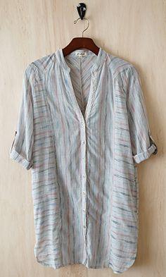 (http://www.shopconversationpieces.com/global-inspiration-shirt-dress-tunic-look-behind/)