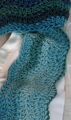 Mississippi River Scarf - free crochet pattern by E.M. Puff.