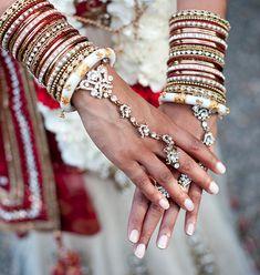 indian bridal hands, hathphool, bridal bracelet, bridal bangles