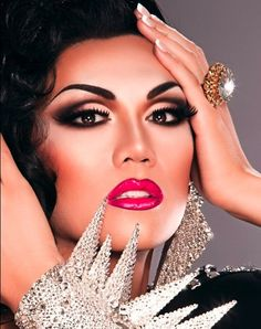 Ob. Sessed. Manila Luzon beautiful drag queen- Serving Hot Couture !