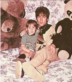 John W. O. Lennon♥♥Julian Lennon