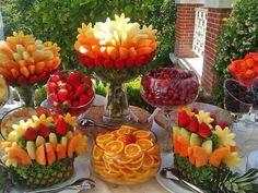Composizione floreale con frutta 3