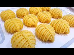 НОВИНКА!😍СКОРЕЕ СОХРАНЯЙТЕ РЕЦЕПТ!👌 БЕСПОДОБНО ВКУСНАЯ ВЫПЕЧКА! ВСЕ В ВОСТОРГЕ! ПРОСТО ТАЕТ ВО ТРУ🌼😋 - YouTube Chinese New Year Cookies, Russian Recipes, Empanadas, Cookie Recipes, Waffles, Bakery, Make It Yourself, Cooking, Breakfast