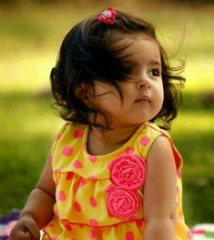check some the best baby girl images, pictures and best baby girl images with huge collection of baby girl names of hindu, muslim baby girl, sikh baby girl names. Cute Baby Boy Photos, Cute Baby Couple, Cute Little Baby Girl, Cute Kids Pics, Cute Baby Videos, Cute Girl Pic, Beautiful Little Girls, Beautiful Family, Beautiful Children