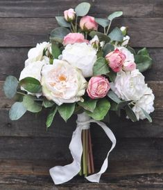 Wedding Bouquet Silk Wedding Bouquet Garden Rose Bouquet Ivory Roses Faux Flowers Bride Bouquet Bridal Flowers by Hollysflowershoppe on Etsy www Silk Wedding Bouquets, Bride Bouquets, Flower Bouquet Wedding, Bridesmaid Bouquet, Bouquet Flowers, Dress Wedding, Corsage Wedding, Wedding Shoes, Artificial Wedding Bouquets