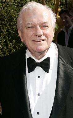 Tootsie Actor Charles Durning Dead at 89 Hollywood Icons, Hollywood Actor, Old Hollywood, Charles Durning, Tony Winners, The Silver Star, Celebrity Deaths, Actor Studio, People Of Interest