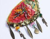 Broche brodée de la collection des Bijoux Talisman
