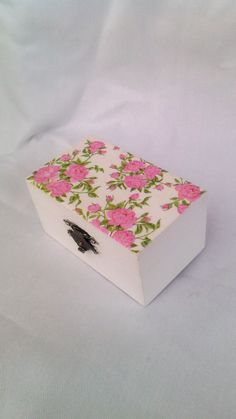 Shabby chic wooden jewelry box!Floral pattern!Rustic ring box! by artoflavender on Etsy