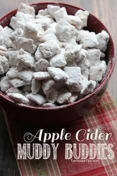 Apple Cider Muddy Buddies – Tammilee Tips Puppy Chow Recipes, Snack Mix Recipes, Yummy Snacks, Fall Recipes, Sweet Recipes, Holiday Recipes, Cooking Recipes, Yummy Food, Snack Mixes