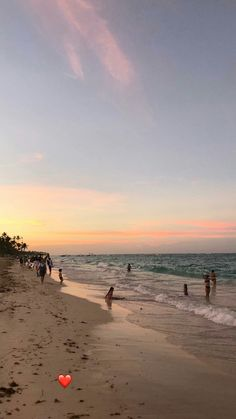 Pinterest:bellaxlopes✨✨ Paradise Pictures, Beach Pictures, Nature Pictures, Ocean Wallpaper, Snapchat Picture, Sky Aesthetic, Sky Sea, Photos Tumblr, Instagram Story Ideas