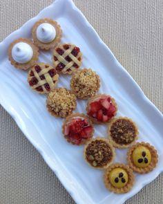 Types Of Desserts, Cute Desserts, Delicious Desserts, Mini Dessert Shooters, Decadent Cakes, Easy Baking Recipes, Mini Pies, Tart Recipes, Coffee Break