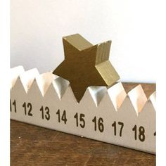 Advent calendar with star woodworking. Advent calendar with star woodworking. Advent calendar with star woodworking Noel Christmas, All Things Christmas, Winter Christmas, Christmas Ornaments, Christmas Countdown, Christmas Projects, Holiday Crafts, Christmas Wood Crafts, Diy Advent Calendar