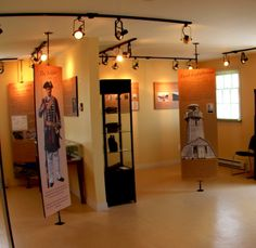 Inside the Interpretation Centre Fort Point, Entrance, Centre, Entryway, Door Entry