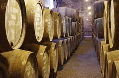Discover Hidden Vineyards of Portugal - via Travel Experta 04.12.2014   This makes Portugal a fabulous place for a road trip exploring vineyards. ...they do have some hidden gems where you get to taste award winning wines and to learn about how they are done.