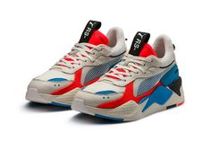 PUMA RS-X Reinvention Silhouette First Look Closer Look Release Date update technology chunky runner hot wheels motorola sneaker trainer footwear shoe Dress With Sneakers, Sneakers Fashion, Men's Sneakers, Your Shoes, Chunky Shoes, Sports Shoes, Designer Shoes, Puma Basket, Kicks