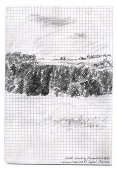 Forêt sombre, fermes sur la colline, Frauenfeld 1979, dessin au crayon.  Promenade, moment de repos, aimer s'ouvrir au paysage, par delà les collines.