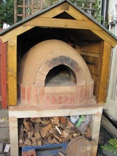 Wood Fired Clay Pizza Oven Build (With Pizza Recipe) : 12 Steps (with Pictures) - Instructables Clay Pizza Oven, Build A Pizza Oven, Clay Oven, Bread Oven, Outdoor Kitchen Bars, Pizza Oven Outdoor, Outdoor Bars, Outdoor Kitchens, Wood Fired Oven