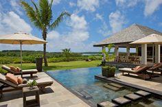 Hôtel Suite Anahita The Resort (Île Maurice) - Situé sur 213 hectares de jardins tropicaux et entouré par un parcours de golf de 18 trous conçu par Ernie Els, l'hôtel est niché sur la côte Est de l'île Maurice.