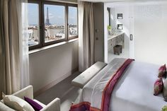 Luxury Hotels Paris Located on rue Saint Honoré Mandarin Oriental Paris is one of the best 5 star hotels in Paris luxury hotels in Paris. Best neighborhood to stay in Paris with family, find the top Paris hotels for families of 5, best arrondissement to stay in Paris for families. Luxury hotels and suites for families in the city of lights.