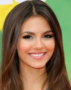 Cómo aplicar maquillaje para ojos pequeños | Cuidar de tu belleza es facilisimo.com