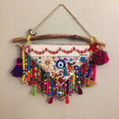 Crochet Crafts, Felt Crafts, Beaded Curtains, Textile Fiber Art, Fabric Jewelry, Diy Arts And Crafts, Hanging Art, Bohemian Decor, Boho