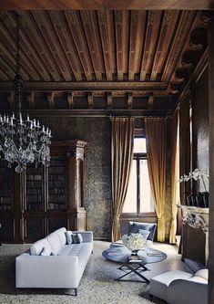 A restored 16th-century palazzo complete with handmade Murano chandeliers. Photo by Simon Watson.