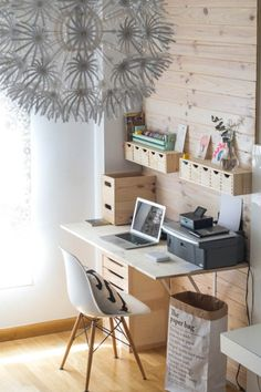 Home office decor ideas is so popular why not add it to the work space we . home office decor ideas Diy Office Desk, Ikea Office, Ikea Desk, Home Office Furniture, Home Office Decor, Office Organization, Pipe Furniture, Office Spaces, Work Spaces