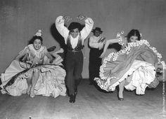 #Flamenco con #arte y #castañuelas en tu #tiendaonline Únete a nuestra #aventura con #AntonioelBailarín y #tócalas
