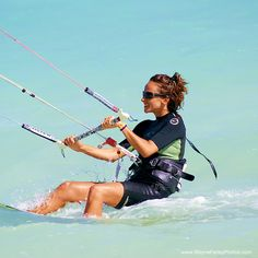 Kiteboarding in Providenciales, Turks and Caicos Islands