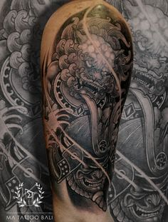 Foo Dog Tattoo, Ma Tattoo, Tattoo Shop, Tattoo Studio, Piercing Tattoo, Dragon Tattoos For Men, Tattoos For Guys, Cool Tattoos, Tattoo Master